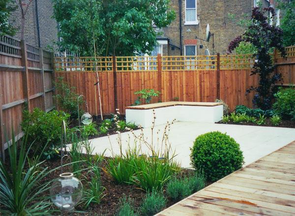 Tim mackley contemporary garden design for Rear garden design ideas